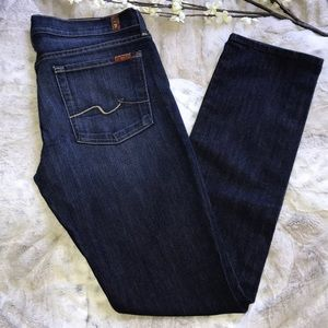 💕NWOT💕7 FOR ALL MANKIND STRAIGHT LEG JEANS